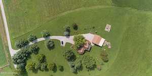 473 Barton Ln Pleasureville, KY 40057