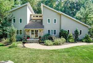 9 Meadow Bluff Rd Parsippany-Troy Hills Twp., NJ 07950