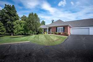 10203 Pine Glen Cir Louisville, KY 40291
