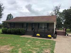 411 Tanglewood Rd Shepherdsville, KY 40165