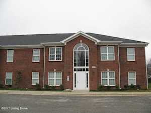 3014 Clevan Way Jeffersontown, KY 40299