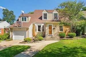 209 Grant Ave Clarendon Hills, IL 60514