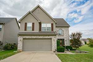 6938 Woodhaven Place Dr Louisville, KY 40228