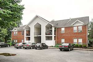 1130 Westlynne Way Louisville, KY 40222