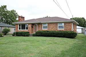 8011 Cedar Brook Dr Louisville, KY 40219