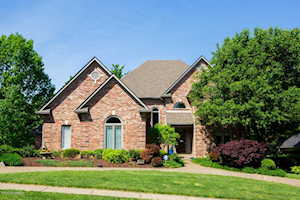 2816 Avenue Of The Woods Louisville, KY 40241