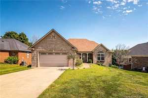 4012 Crestwood Drive Floyds Knobs, IN 47119