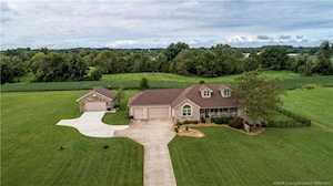 208 Pebble Brook Drive Charlestown, IN 47111