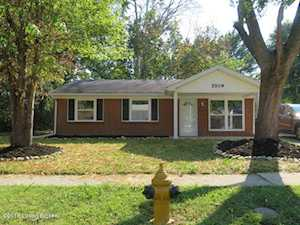 5509 Reflection Dr Louisville, KY 40218