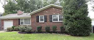4003 Blossomwood Dr Louisville, KY 40220