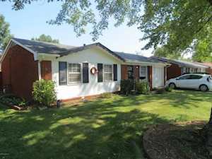 1017 Cristland Rd Louisville, KY 40214