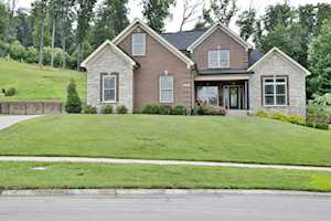 7713 Bella Woods Ct Louisville, KY 40214