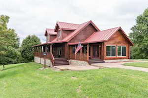 390 Lillies Ferry Winchester, KY 40391