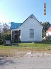 561 W Wardell Street Scottsburg, IN 47170