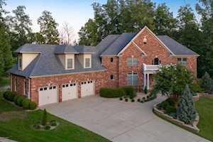 2507 Ivy Oaks Ct Louisville, KY 40245