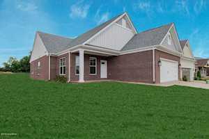 8813 Sanctuary Ln Louisville, KY 40291