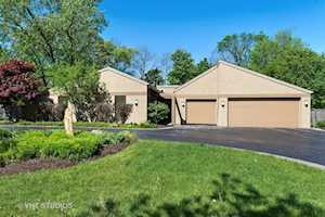 254 Red Oak Ln Highland Park, IL 60035