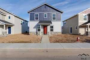 4158 N Ambercreek Ave. Meridian, ID 83646