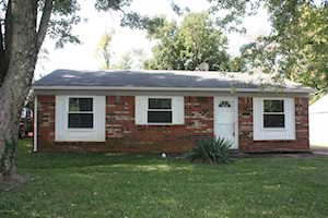 5218 Windy Willow Dr Louisville, KY 40241