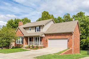 4103 Hurstbourne Woods Dr Louisville, KY 40299