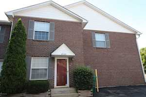 4520 Meadowlark Manor Ln Louisville, KY 40245