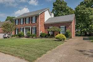 8609 Autumn Ridge Ct Louisville, KY 40242