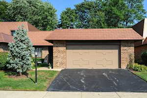 3914 Dundee Rd Northbrook, IL 60062