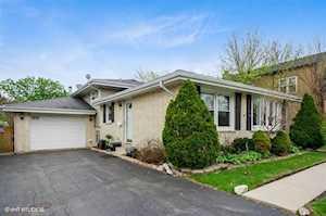 1125 Oakton St Park Ridge, IL 60068