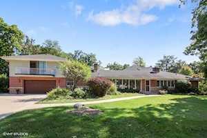 191 Twin Oaks Dr Oak Brook, IL 60523