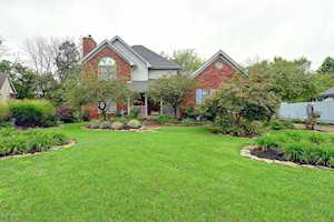 8712 Chase Tayler Pl Louisville, KY 40299