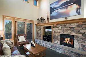 1500 Lodestar Drive #215 Mammoth Lakes, CA 93546