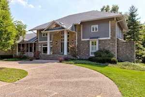 603 Woodlake Dr Louisville, KY 40245