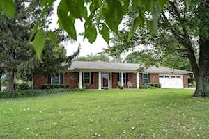 2536 Todds Point Rd Simpsonville, KY 40067