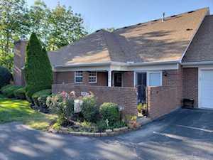 504 Eastgage Village Wynde Louisville, KY 40223