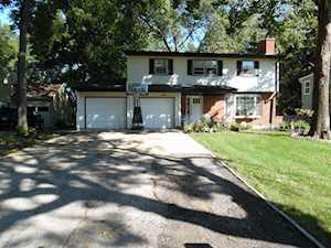 826 Forest Ave Elgin, IL 60120