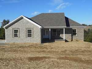 23 Cochran Hill Ln Taylorsville, KY 40071