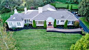 596 Garden Dr Louisville, KY 40206
