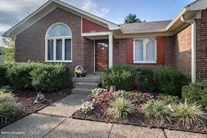 1019 Cobblestone Cir Shepherdsville, KY 40165