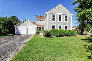 4298 Oak Knoll Ln Hoffman Estates, IL 60192