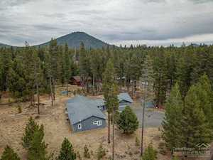15044 Fall River Drive Bend, OR 97707