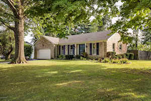 3506 River Bluff Rd Prospect, KY 40059