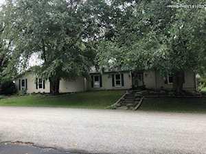 108 Shoreline Dr Shelbyville, KY 40065