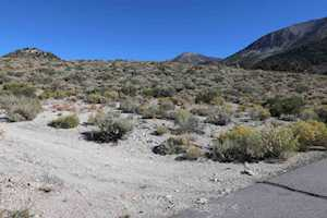 82 Lakeridge Trl Lakeridge Bluffs Lot 30 Crowley Lake, CA 93546