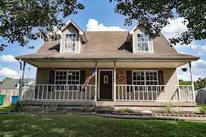 620 Reichmuth Ln Shepherdsville, KY 40165