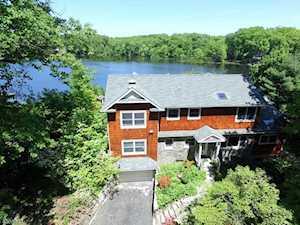19 E Shore Rd Mountain Lakes Boro, NJ 07046