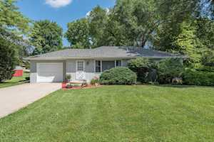 25W058 Lacey Ave Naperville, IL 60563