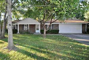 3307 Castlewood Ln Jeffersonville, IN 47130