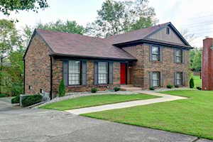 12000 Hillrose Cir Louisville, KY 40243