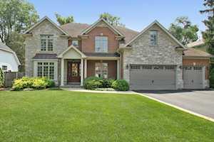 927 Pleasant Ln Glenview, IL 60025
