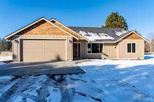 19215 Shoshone Road Bend, OR 97702